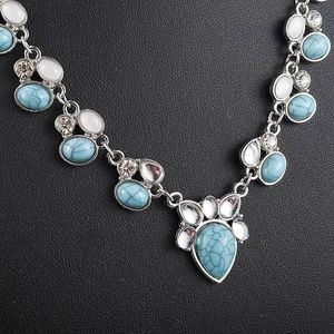Vintage Style Turquoise Silver Necklace